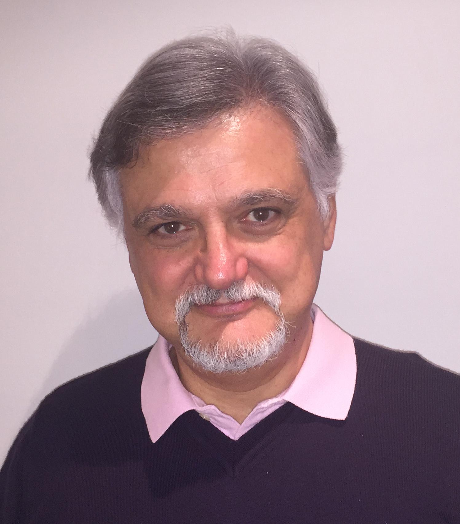 Arturo Génova